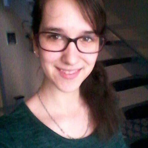 Esther uit Naaldwijk
